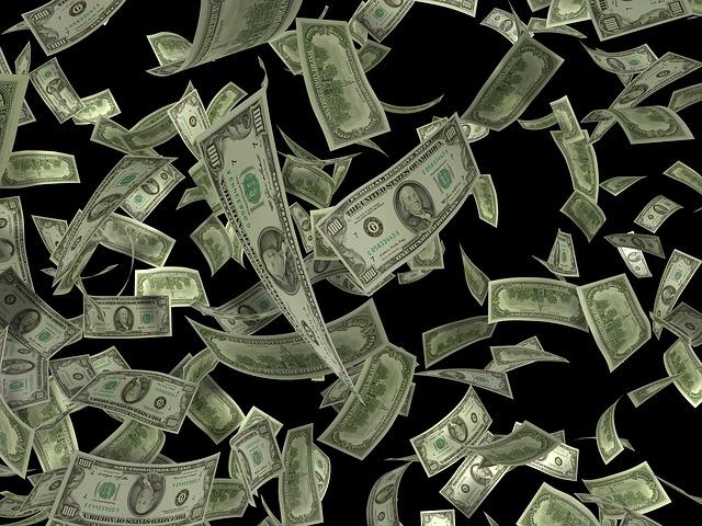 letící bankovky